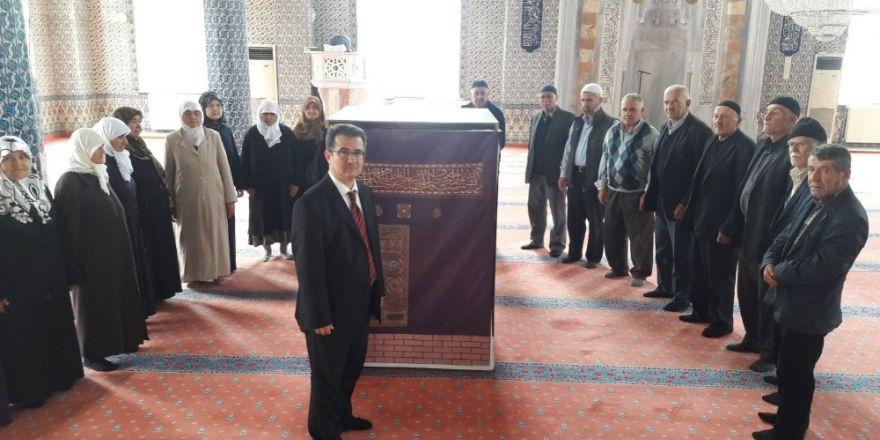 Kargı'da hacı adaylarına uygulamalı seminer