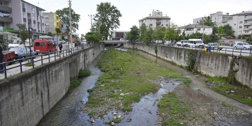 Tekkeköy'deki dereler ıslah ediliyor