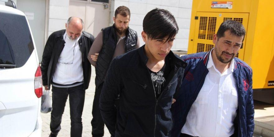 Samsun'da DEAŞ'tan 2 kişi adliyeye sevk edildi