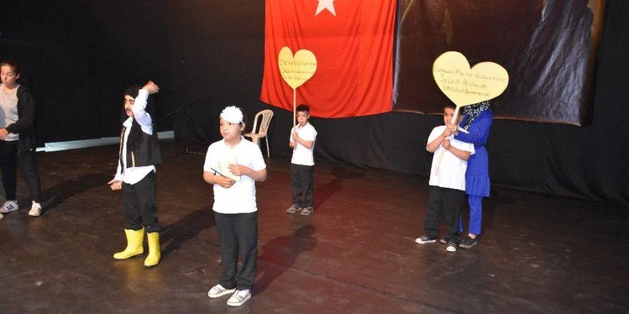 Kahta'da özel öğrenciler doyasıya eğlendi