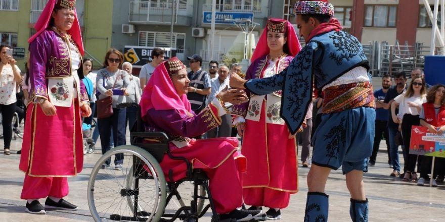 Engelliler hünerlerini sergiledi
