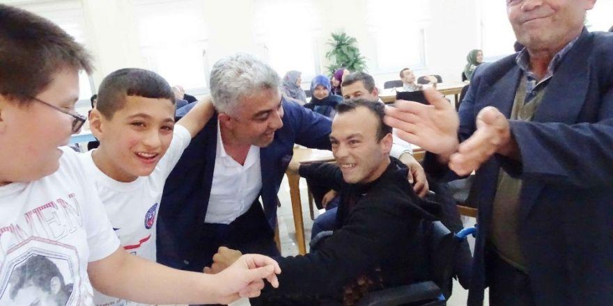 Belediye Başkanı Çalışkan: Engellilerin dert ve sıkıntılarında her zaman yanlarındayız