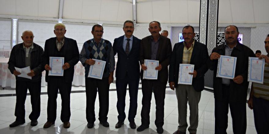 Turhal'da Tapu Dağıtım Töreni Düzenlendi.