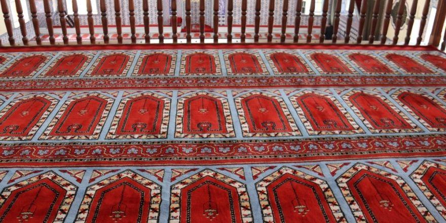 Serdivan'da camiler Ramazan'a hazır