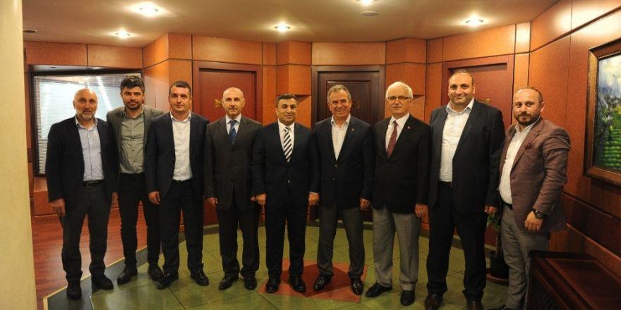AK Parti Ortahisar İlçe Başkanı Altunbaş'tan TTB Başkanı Ergan'a ziyaret
