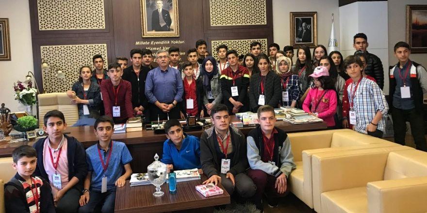 Başkan Çetin, şehit ve gazi çocuklarını ağırladı