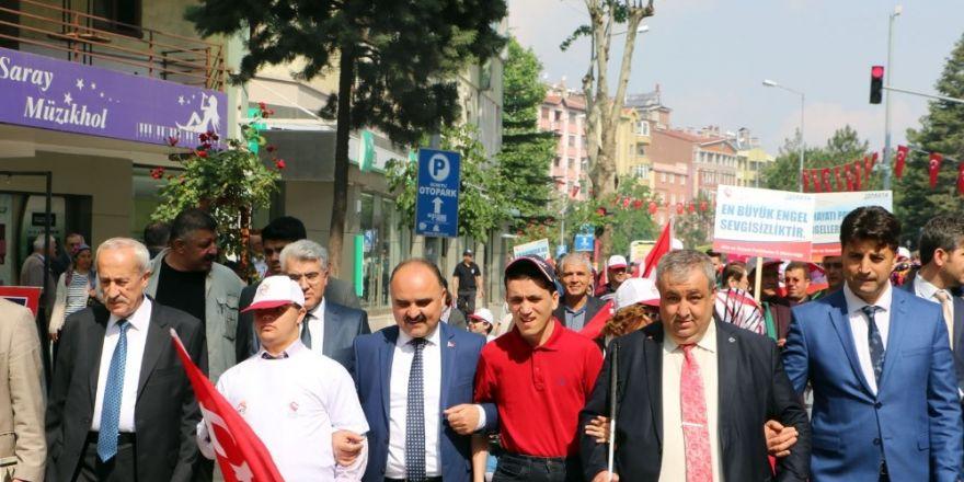 Engelliler Haftası Isparta'da yürüyüşle başladı