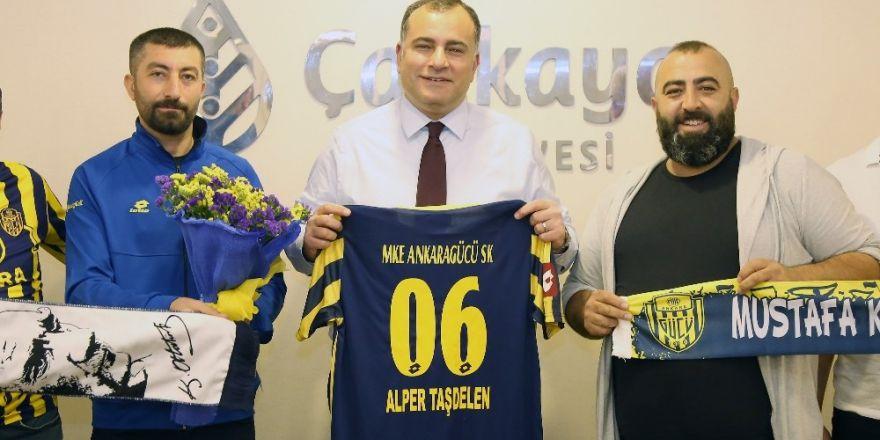 Ankaragücü taraftarından Başkan Taşdelen'e teşekkür ziyareti