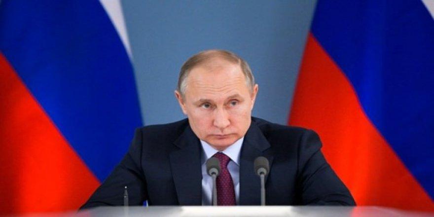 Putin açıkladı: Akdeniz'de kalacak!