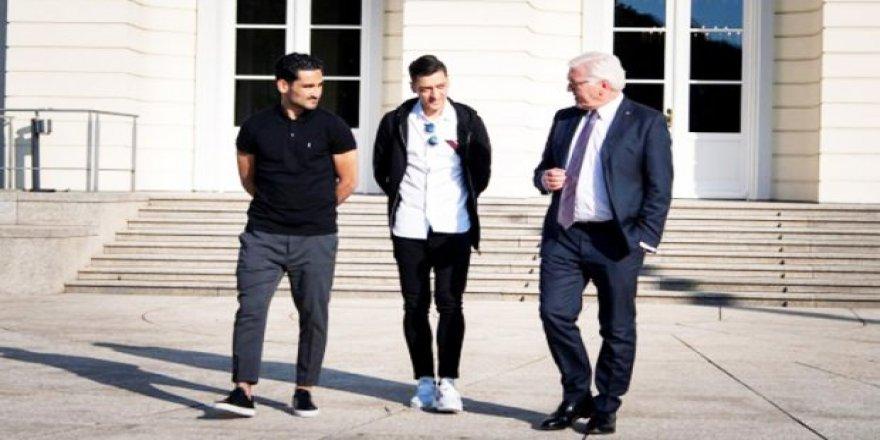 Özil ile Gündoğan Alman Cumhurbaşkanı'yla görüştü
