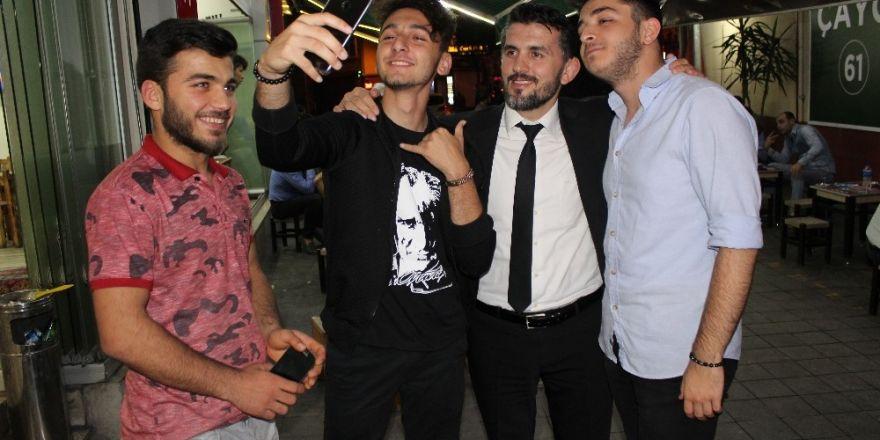 AK Parti Trabzon Milletvekili adayları seçim gezilerini sürdürüyor