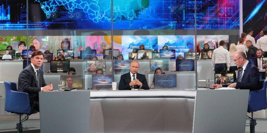 """Putin: """"Sosyal medyayı kapatmayacağız"""""""