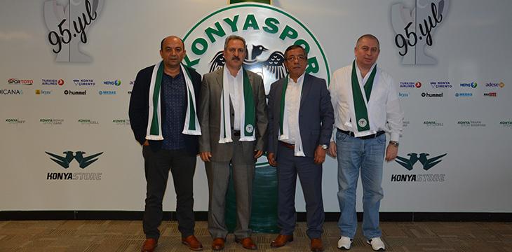 Konyaspor başkan adayları bir araya geldi! Kura çektiler