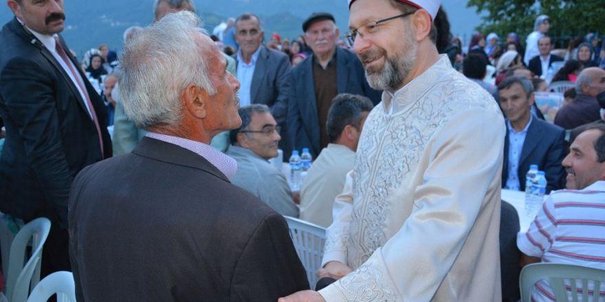 Erbaş, memleketinde iftar programına katıldı