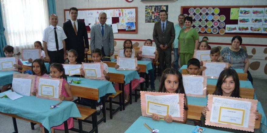 Kozan'da 29 bin 35 öğrenci karne aldı