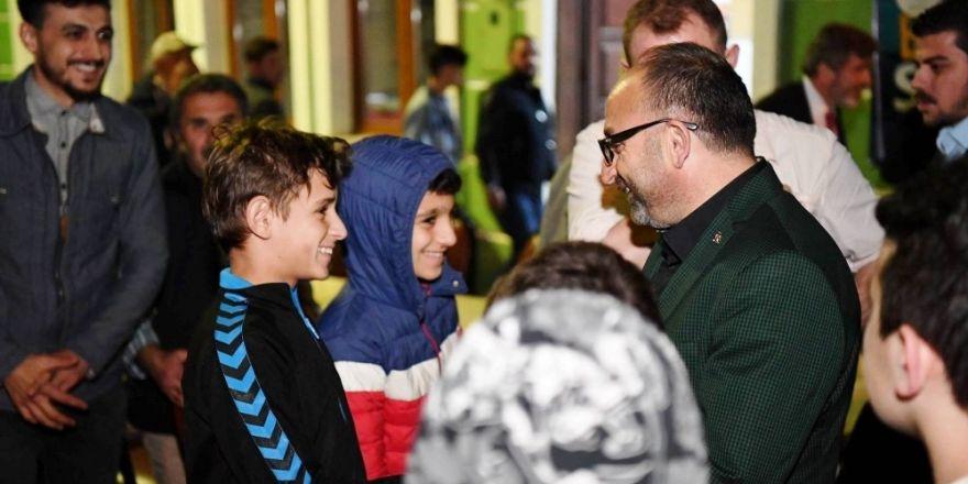 Başkan Üzülmez, Genç Kürsüye misafir oldu