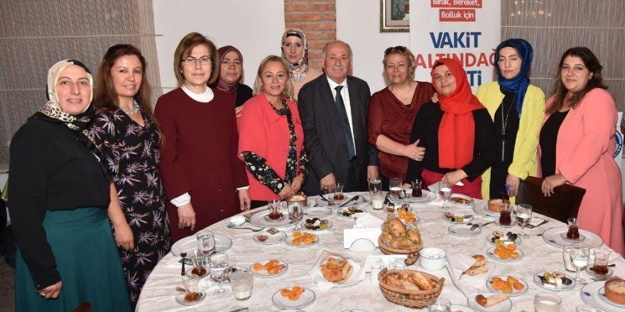 Başkan Tiryaki iftar buluşmalarını sürdürüyor