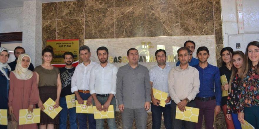 Sason'da başarılı öğretmenlere başarı belgesi verildi