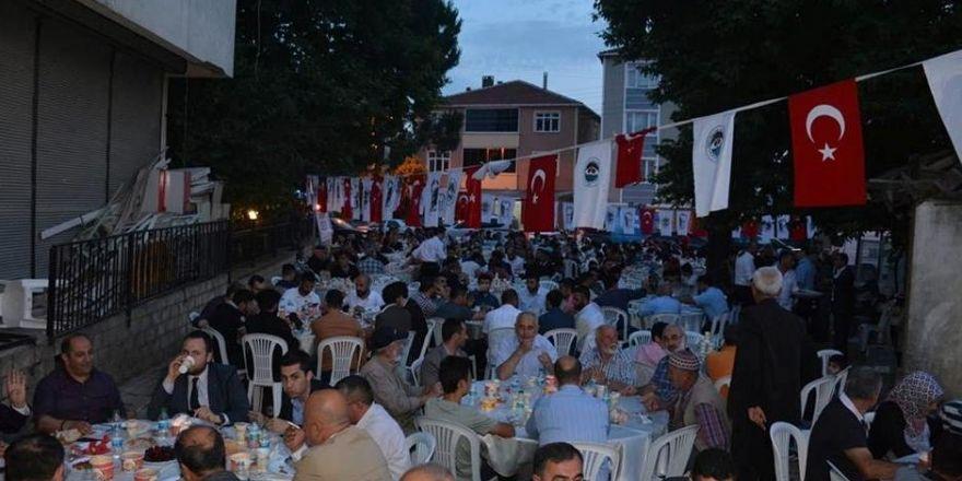 Dilovası'nda iftar sofrası Köseler Mahallesi'nde  kuruldu