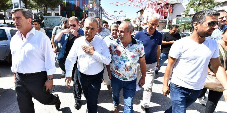 Başkan Kocaoğlu'ndan Menderes mesajları