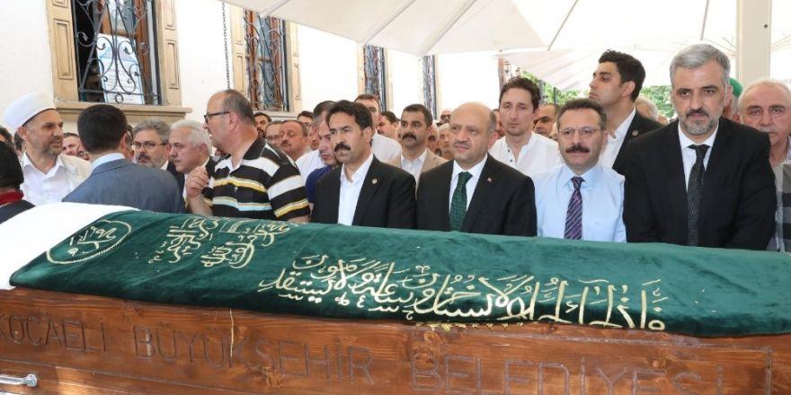 Başbakan Yardımcısı Işık, Mesut Barış'ın cenazesine katıldı
