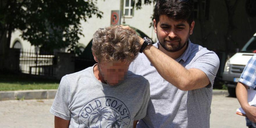 Samsun'da baba-oğul 17 bin kez kullanımlık bonzai ile yakalandı