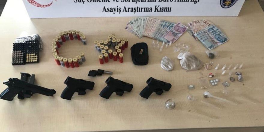 Başkent'te uyuşturucu satıcılarına darbe