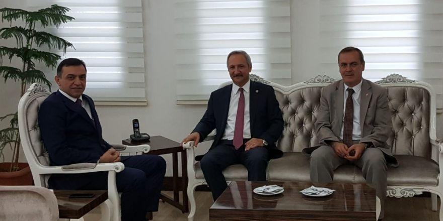 MHP'li Yurdakul'dan İl Emniyet Müdürüne ziyaret