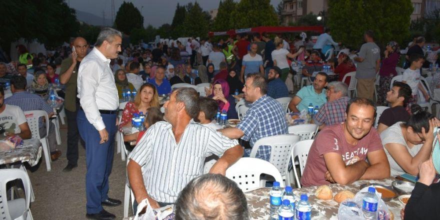 Nazilli Belediyesi'nden 40 bin kişilik iftar yemeği