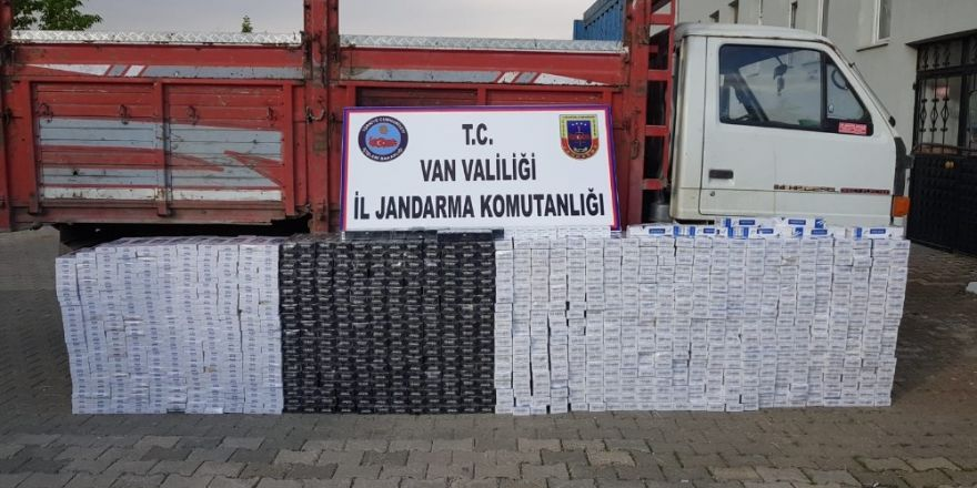 Jandarma 10 bin 610 paket kaçak sigara ele geçirdi