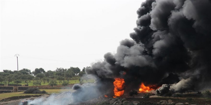 Rus uçakları İdlib'i bombaladı: ölü sayısı 50'ye yükseldi