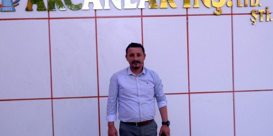 Adnan Akcan'da Kadir Gecesi mesajı