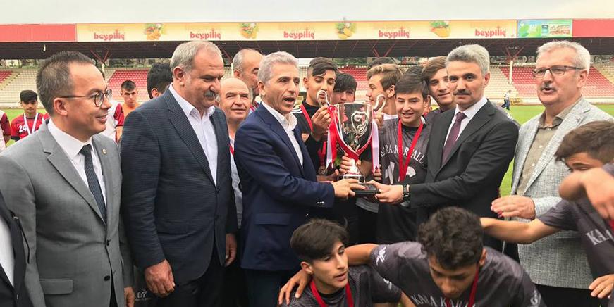 Şampiyon Konya Kara Kartallar!