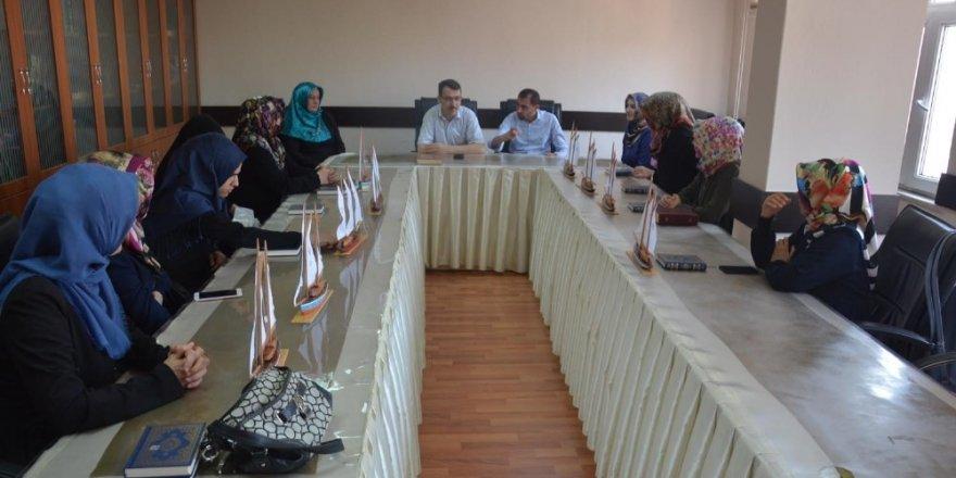 Kur'an Kursu öğreticilerine eğitim semineri