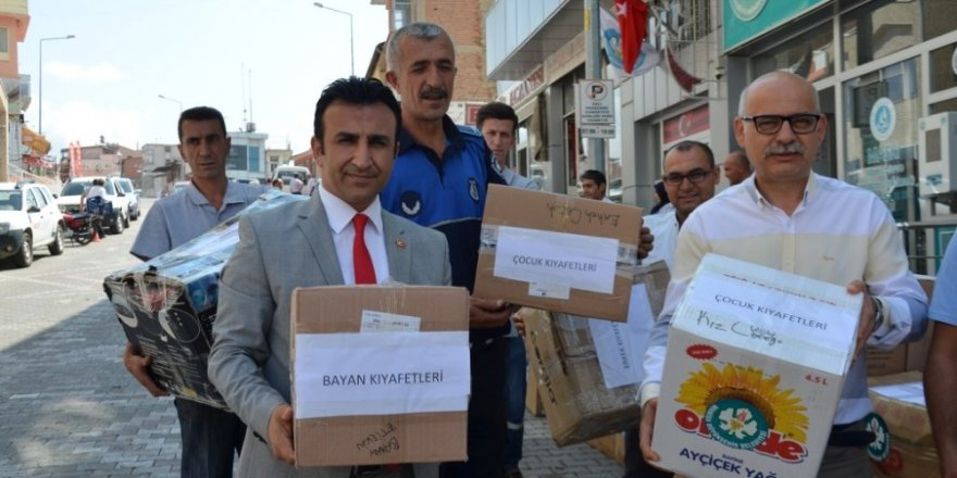 Manisa'dan Bayırbucak Türkmenlerine kolilerce yardım