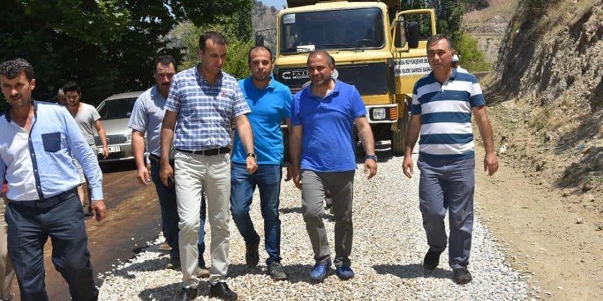 Alaşehir'de asfalt çalışmalarına devam ediliyor