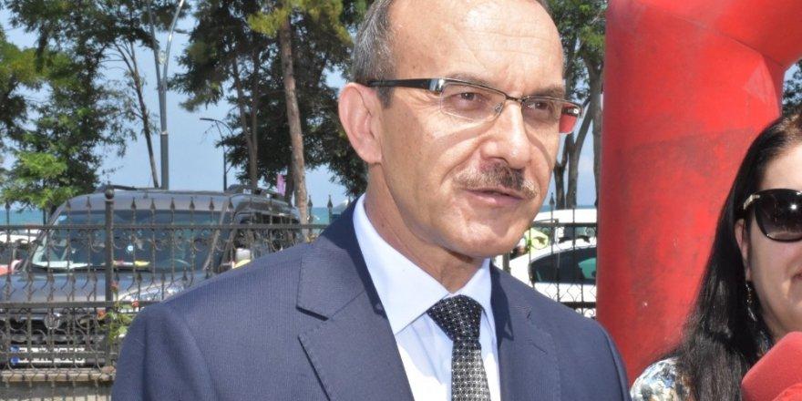 """Vali Yavuz: """"Kontrolsüz alanlarda denize girenler hakkında da yasal işlem gerçekleştireceğiz"""""""