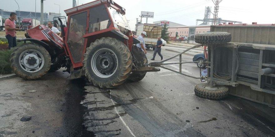 Amasya'da tır ile traktör çarpıştı: 2 yaralı