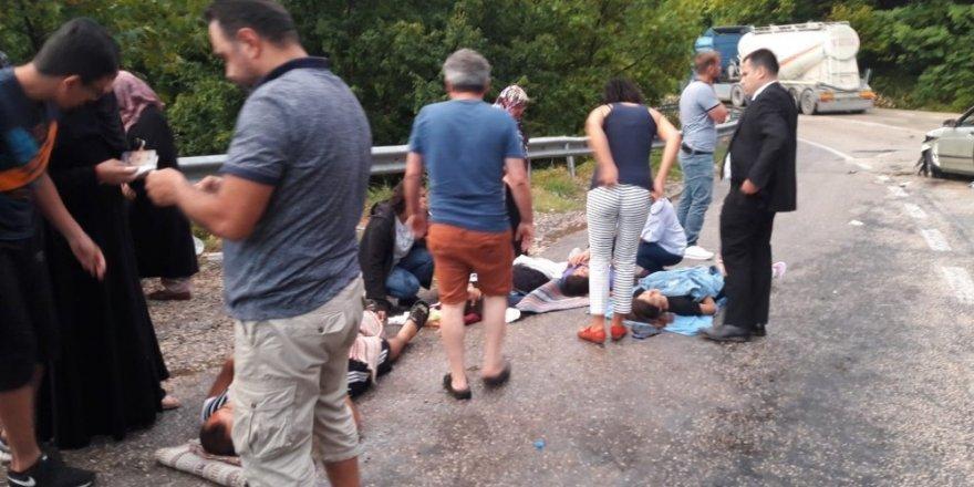 Bursa'da kazada can pazarı: 5 yaralı