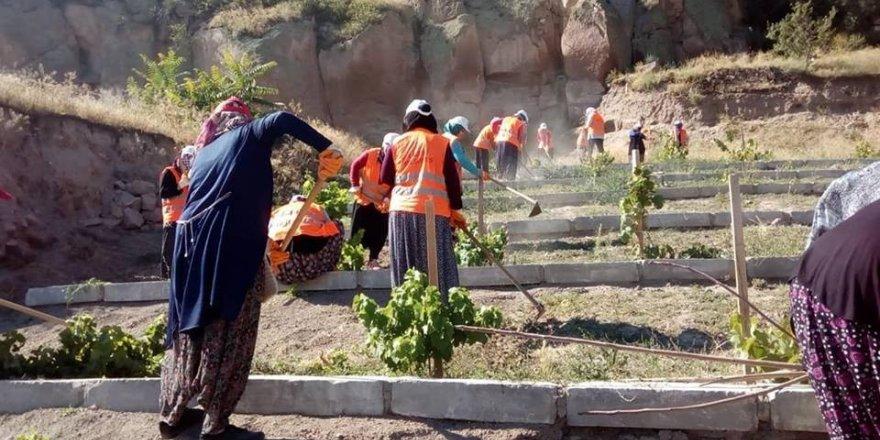 İncesu Belediyesi çalışmalarını 24 saat sürdürüyor