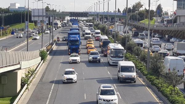 Atatürk Havalimanı'ndan yeni havalimanına 20 TIR yolda