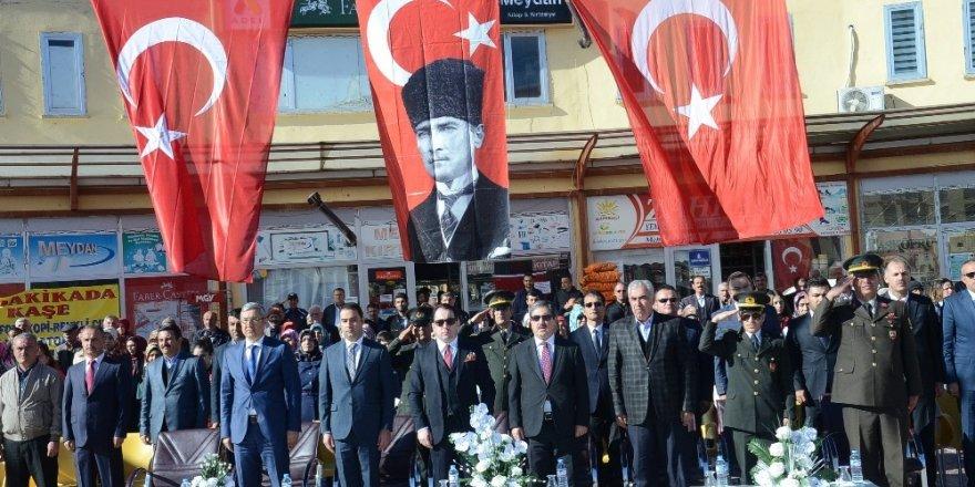 Darende'de Cumhuriyet Bayramı kutlandı