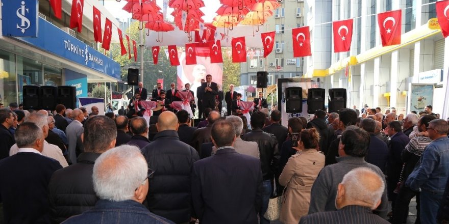Cumhuriyet Bayramı konserine yoğun ilgi