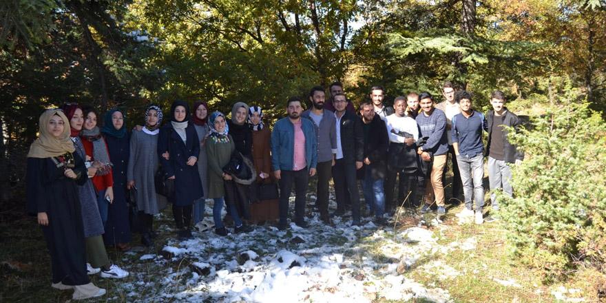 Karatay gençlik meclisi doğa yürüyüşünde