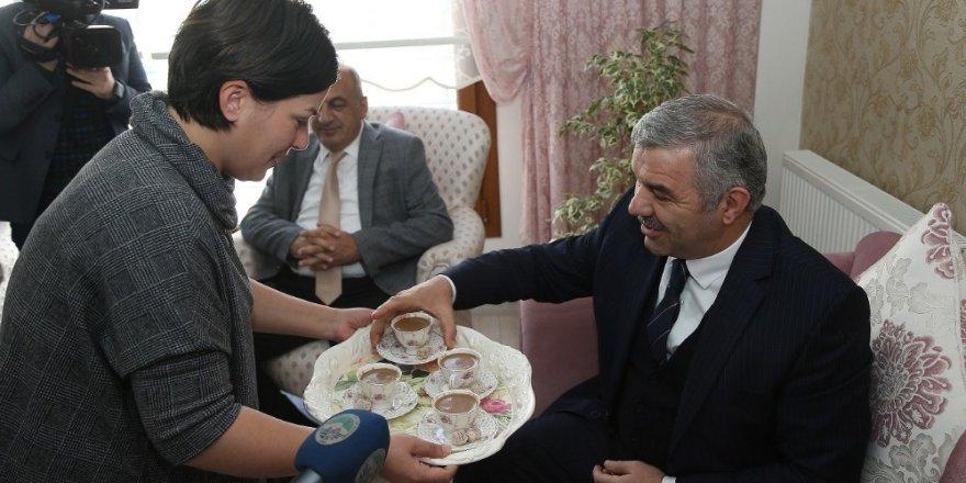 İldem'de Başkan Çelik'e teşekkür kahvesi