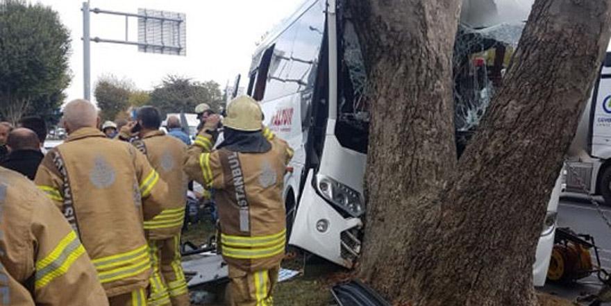 Havalimanı personelini taşıyan araç kaza yaptı!