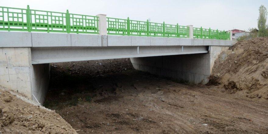 Demirtaş ile Avdancık köprüyle birbirine bağlandı