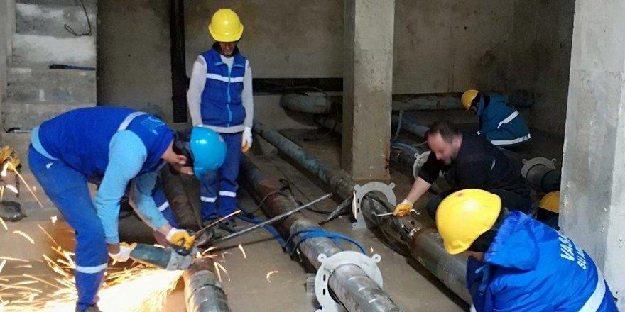 TOKİ konutlarına su verilmesi için yoğun çalışma sürüyor