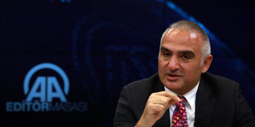 """Ersoy: """"Nous allons battre notre record de touristes en Turquie"""""""