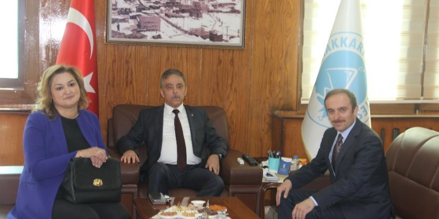 Vali Toprak'tan Başkan Epcim'e veda ziyareti